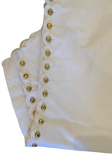 Item - White with Gold Hardware Gaucho Mid Rise Pants Size 6 (S, 28)