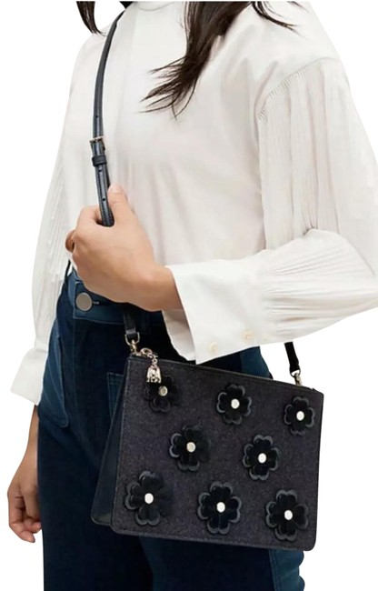Item - On Purpose Floral Blazer Blue Patent Leather Cross Body Bag
