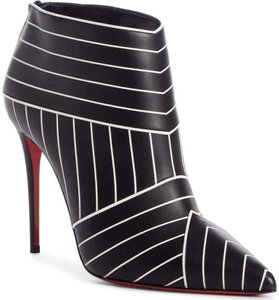 Item - Black/White Josselynn 100 Two Tone Striped Ankle Heels Boots/Booties