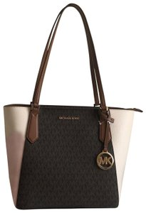 Michael Kors Tote in Brown Light Cream