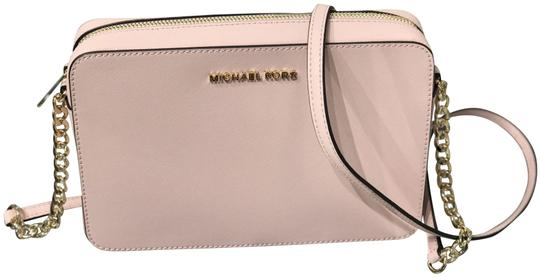 Preload https://img-static.tradesy.com/item/27601234/michael-kors-mk-jet-set-large-ew-saffiano-blossom-leather-cross-body-bag-0-1-540-540.jpg