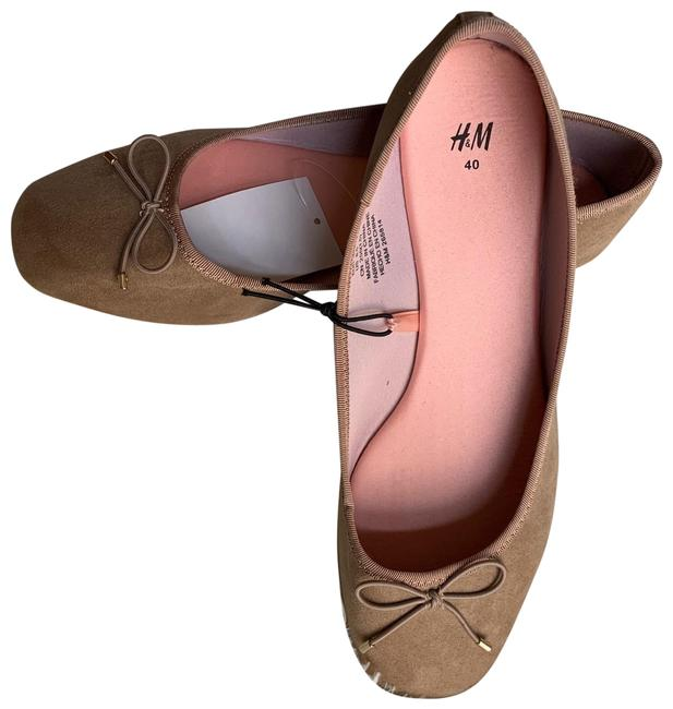 Item - Tan Ballet Flats Size US 8.5 Regular (M, B)