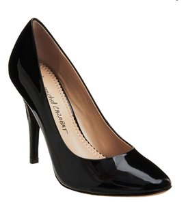 Jean-Michel Cazabat Patent Leather Formal Party Holiday Black Pumps