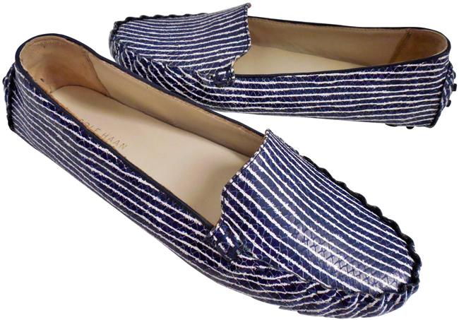 Item - Navy White Striped Driving Moccasin Loafers Flats Size US 8 Regular (M, B)