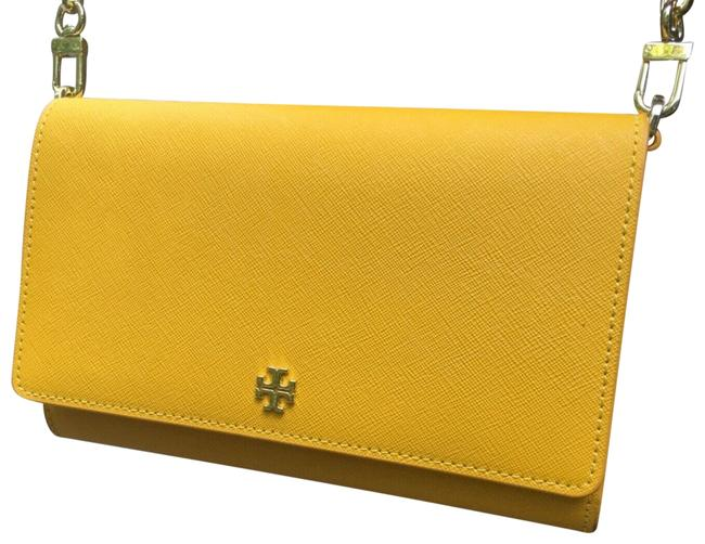 Item - Emerson Chain Wallet 52899 Cassia Yellow Leather Cross Body Bag