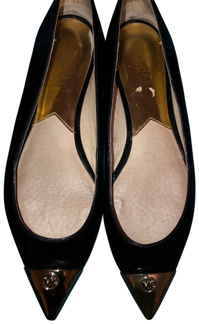Item - Black Flats Size US 7 Regular (M, B)