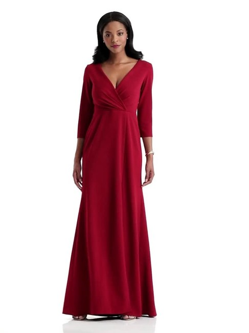 Item - 6797 3/4 Sleeve Crepe Gown Long Formal Dress Size 8 (M)