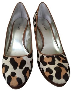 Alfani Brown Prints Pumps