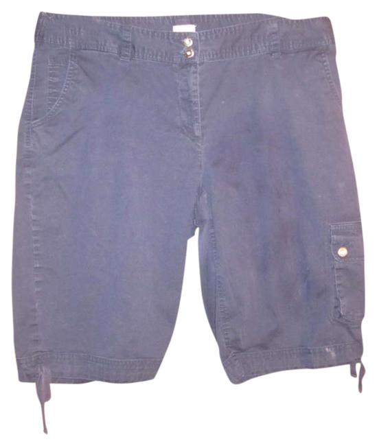 Preload https://item4.tradesy.com/images/liz-claiborne-navy-blue-bermuda-shorts-size-16-xl-plus-0x-276128-0-0.jpg?width=400&height=650