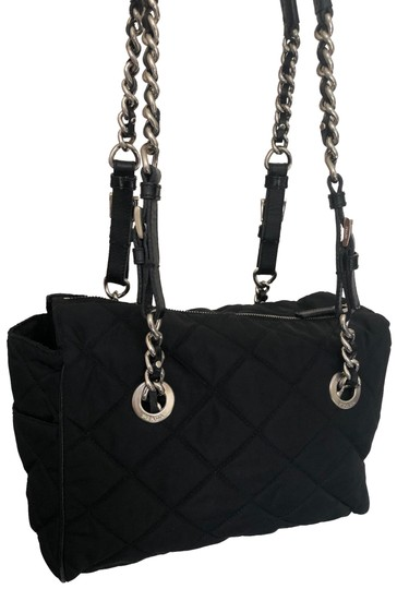 Preload https://img-static.tradesy.com/item/27612903/prada-black-quilted-shoulder-bag-0-1-540-540.jpg