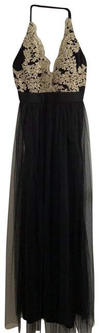 Item - Arya Embroidered Tulle Long Formal Dress Size 4 (S)