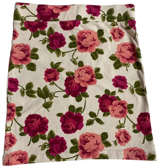Item - Pink Roses Bodycon Skirt Size 8 (M, 29, 30)