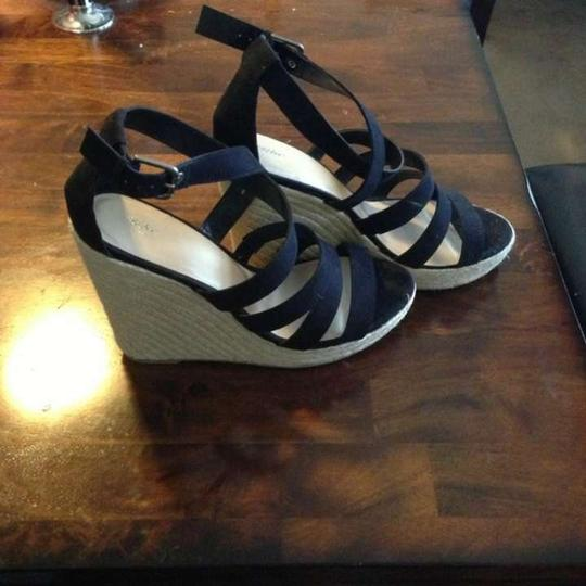 Mossimo Supply Co. Summer Black and Tan Wedges