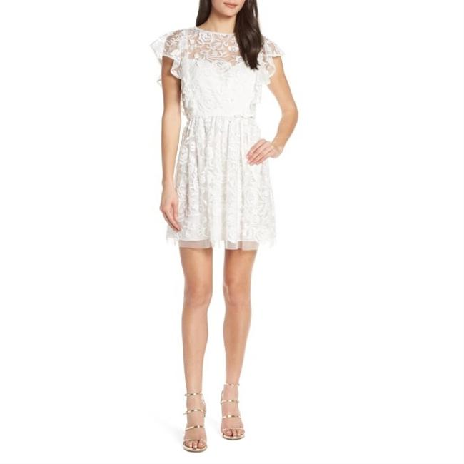 Item - White Embroidered Ruffle Short Formal Dress Size 4 (S)