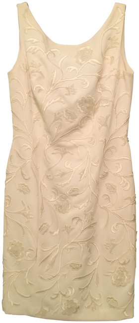 Item - Cream Mid-length Cocktail Dress Size 4 (S)
