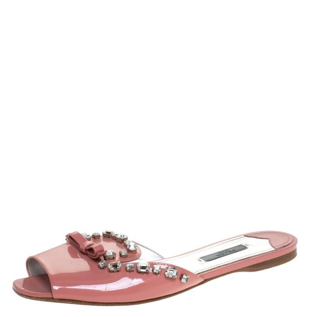 Prada Pink Coral Patent Leather Crystal and Bow Embellished Slides Flats Size US 10 Regular (M, B) Prada Pink Coral Patent Leather Crystal and Bow Embellished Slides Flats Size US 10 Regular (M, B) Image 1