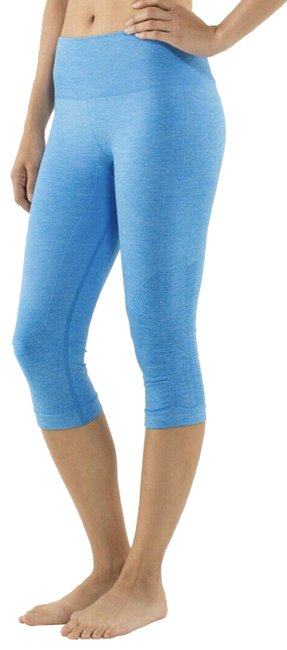 Item - Blue Ebb and Flow Crops Activewear Bottoms Size 2 (XS, 26)
