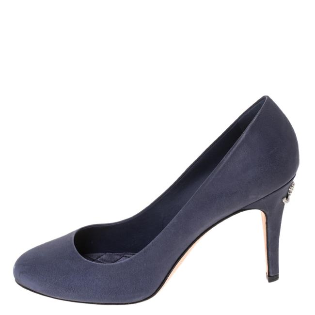 Item - Blue Leather Cc Pumps Size US 9 Regular (M, B)