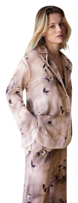 Item - Beige Limited Edition Printed Shirt Vents Nwt. Button-down Top Size 6 (S)