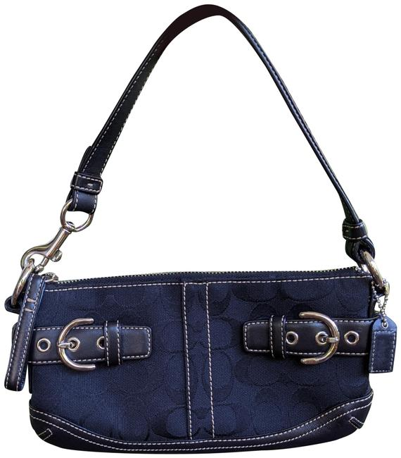 Item - Signature Handbag Black Leather Wristlet