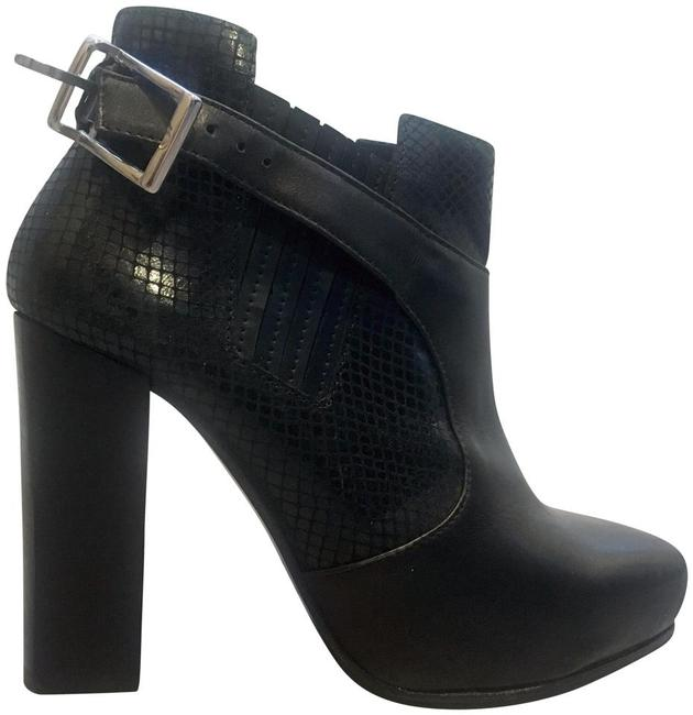 Item - Black Like New Leather High Heel From Paris Boots/Booties Size EU 37 (Approx. US 7) Regular (M, B)