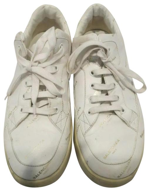 Item - White and Gold Embossed Lettering Sneakers Size EU 39 (Approx. US 9) Regular (M, B)