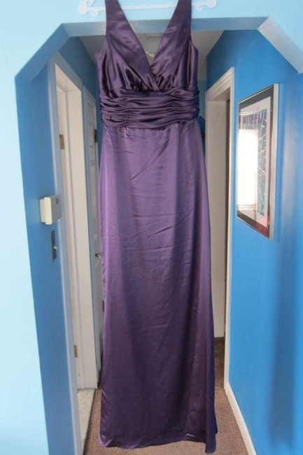 Item - Purple Polyester A858f Formal Bridesmaid/Mob Dress Size 2 (XS)