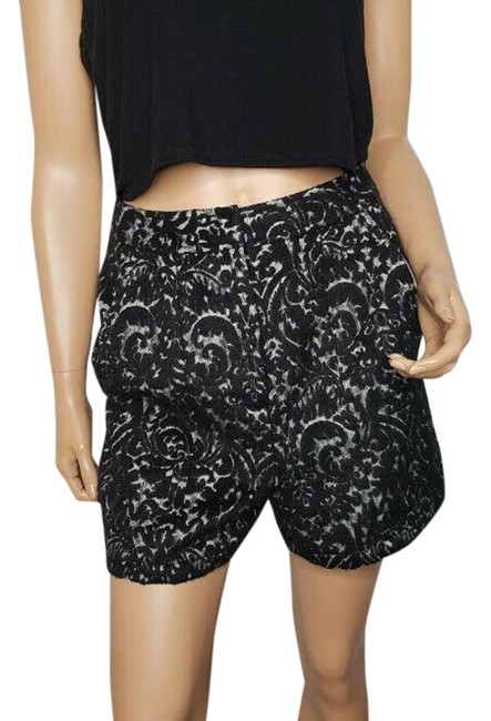 Item - Black Pockets High Waisted Brocade Embroidered Shorts Size 6 (S, 28)