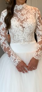 Monique Lhuillier White Lace and Tulle Adore Fall 2020 Traditional Wedding Dress Size 2 (XS)