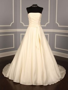 Ines Di Santo Light Ivory Satin Faced Silk Organza Sofia Formal Wedding Dress Size 6 (S)
