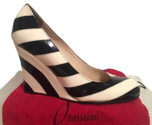 dd72ea4a8915 Christian Louboutin Wedges - Up to 70% off at Tradesy
