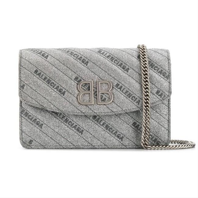 Item - Wallet on Chain Bb Logo Quilted Cross Body Bag