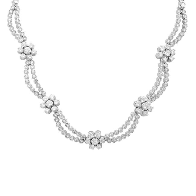Item - 18k White Gold Diamond Set Of Earrings and Necklace 6.20cts