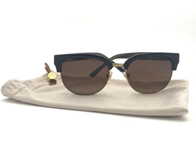 Tory Burch Black / Olive Horn Ty9047 1606t5 Black/Olive Horn/ Brown Polarized 52mm Sunglasses Tory Burch Black / Olive Horn Ty9047 1606t5 Black/Olive Horn/ Brown Polarized 52mm Sunglasses Image 1