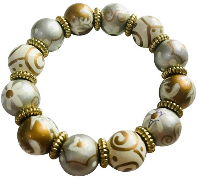 Item - Gold Silver White New Hand Painted Multicolor Classic Bead Bracelet