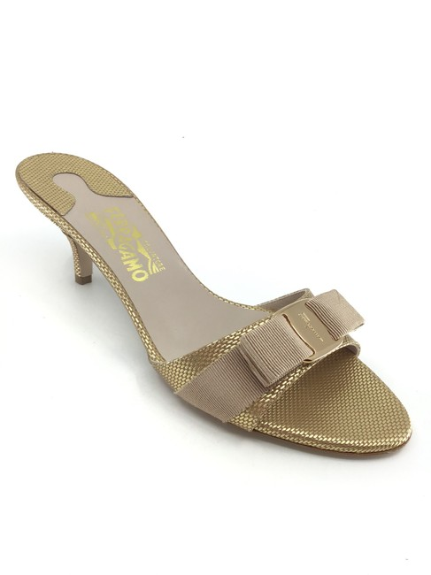 Item - Gold Pebble Calfskin Glory Sandals Mules/Slides Size US 9.5 Regular (M, B)