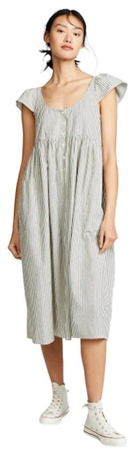 Preload https://img-static.tradesy.com/item/27650726/the-great-white-and-gray-flutter-cami-mid-length-casual-maxi-dress-size-12-l-0-1-650-650.jpg
