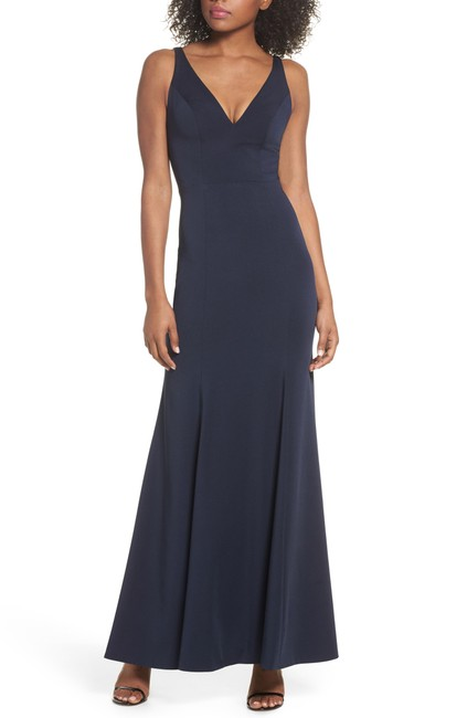 Item - Navy Jade Luxe Crepe V-neck Gown Long Formal Dress Size 14 (L)