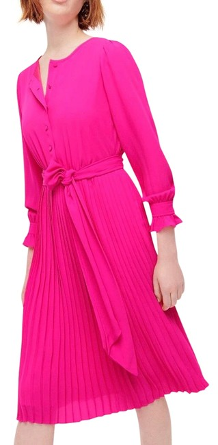 Item - Pink Waist Front Pleated Long Sleeve Neon Flamingo Lined Poly Mid-length Work/Office Dress Size 6 (S)