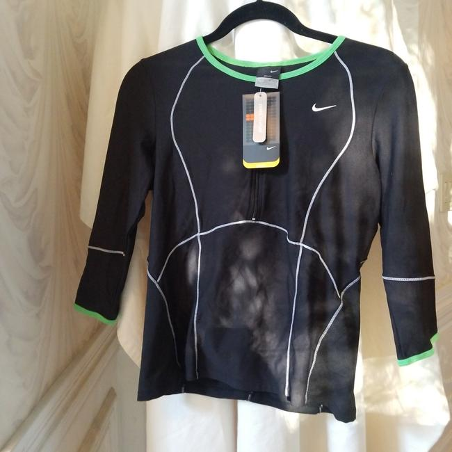 Item - Black and Green Drifit In with Details Activewear Outerwear Size 8 (M)