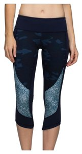Lululemon Camo On Sale Up To 70 Off At Tradesy