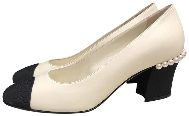Item - Ivory Black Lambskin Leather Pearl Cc Grosgrain Low Pumps Size EU 38 (Approx. US 8) Regular (M, B)
