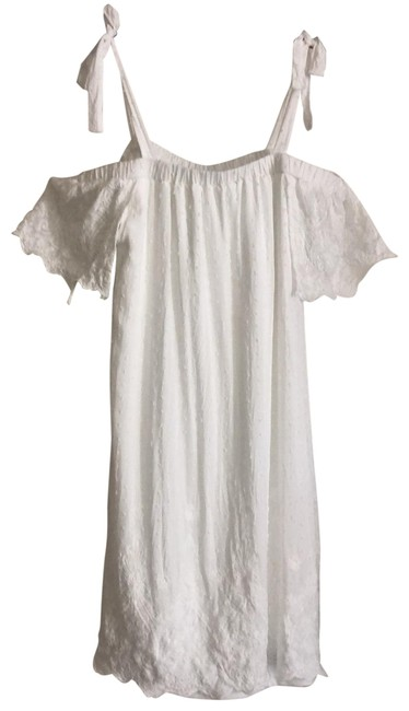Item - White Embroidered Off The Shoulder Short Casual Dress Size 6 (S)
