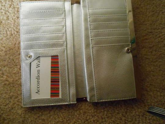 Cynthia Nelms Accordion wallet