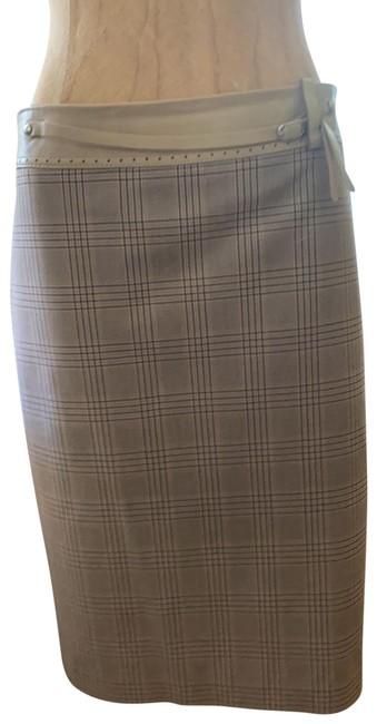 Item - Beige with Blk Lines Plaid Skirt Size 4 (S, 27)