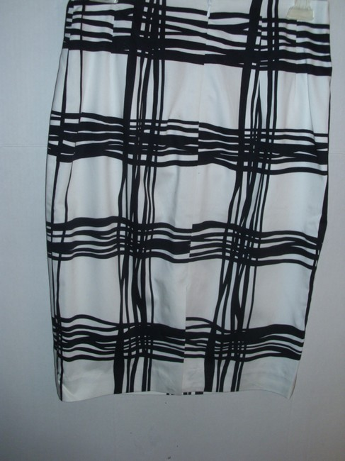 Express Pencil Graphic Black And White Modern Geometric Skirt
