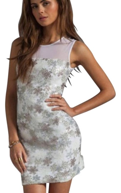 Preload https://img-static.tradesy.com/item/27656253/bailey-44-white-body-con-lace-mesh-mid-length-cocktail-dress-size-6-s-0-1-650-650.jpg