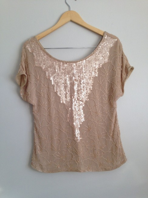 Preload https://img-static.tradesy.com/item/276578/beyond-vintage-blush-nude-night-out-top-size-4-s-0-0-650-650.jpg
