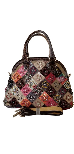 Item - With Flowers. Large. Made In Italy. Genuine Leather Shoulder Bag