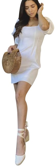 Item - White Short Casual Dress Size 6 (S)